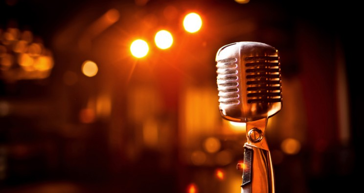 4 Ways Your Business Can Use Voice Overs for Marketing
